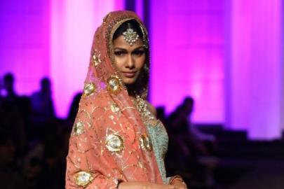 Aamby Valley Indian Bridal Fashion Week 2012 Meera & Muzaffar Ali