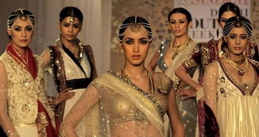 Delhi Couture Week: Anju Modi and Adarsh Gill