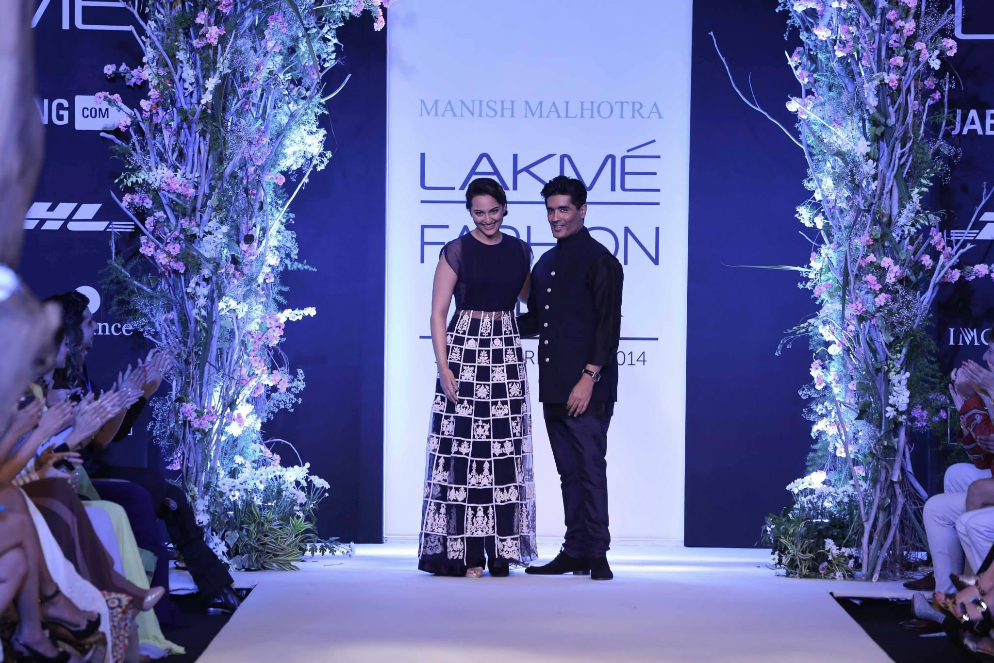 Manish Malhotra at Lakme Fashion Week Summer Resort 2014
