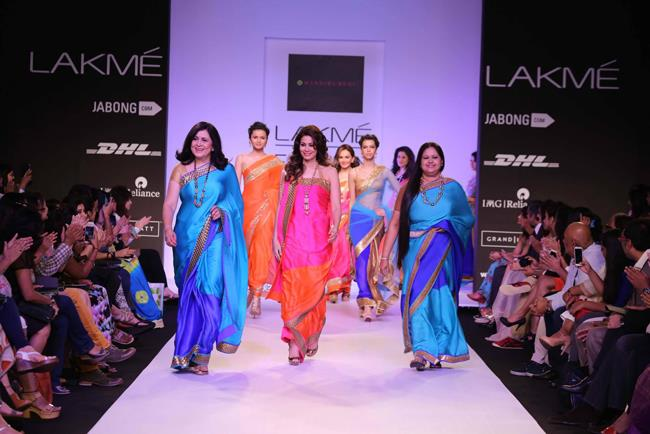 Mandira Bedi at Lakmé Fashion Week Summer Resort 2014