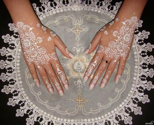 Mehndi and White Lace - Shaadi Love