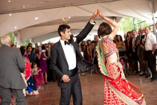 Indian-Bride-and-Groom-reception-dance-e1374105237162