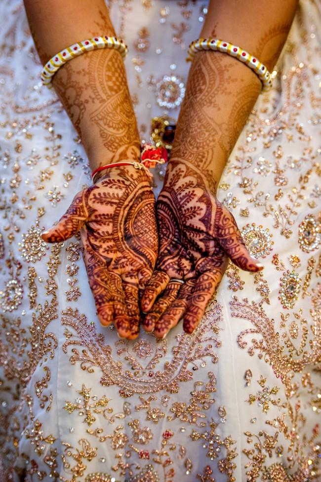 2 indian bride mehndi