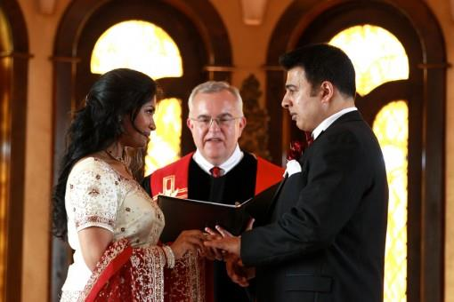 indian-bride-and-groom-wedding-ceremony-chapel-e1378349999858