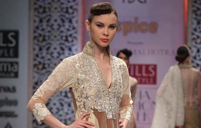 Wills Lifestyle Fashion Week 2011 - Manish Malhotra Women