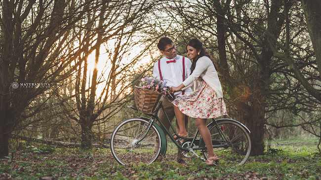 7aindian outdoor vintage bike riding esession