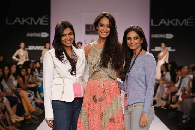 JADE by Monica and Karisma at Lakme Fashion Week Summer Resort 2014 with Lisa Haydon showstopper