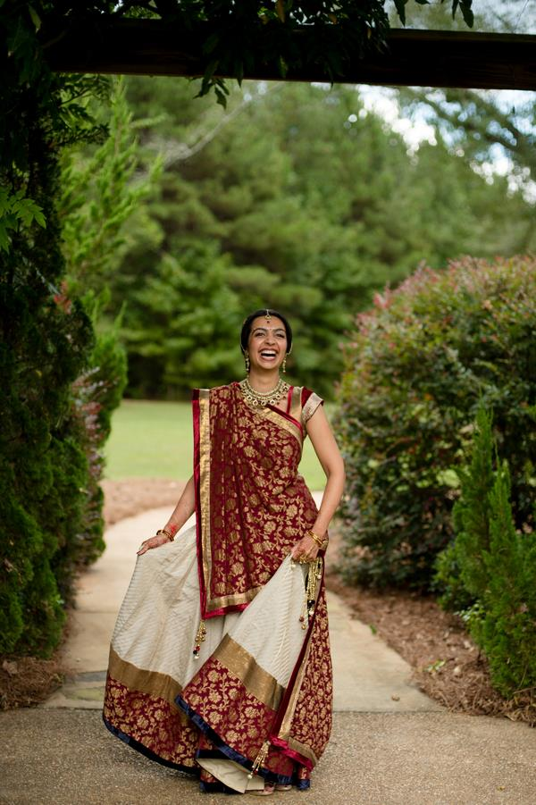 27a INDIAN WEDDING WHITE AND RED LENGHA